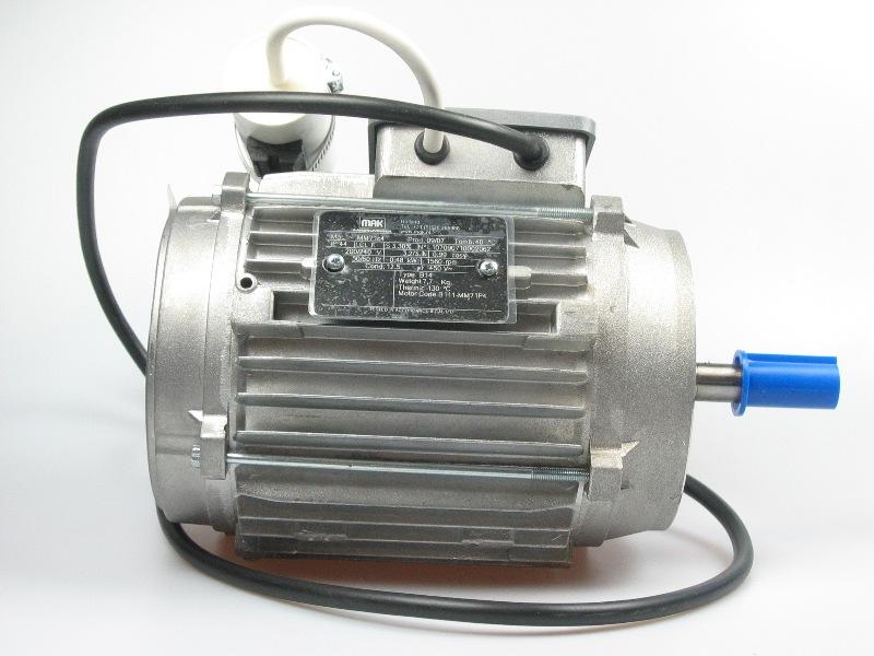 Ventilatormotor 200-240V 3,45A 50-60Hz 0,48kW 1560rpm