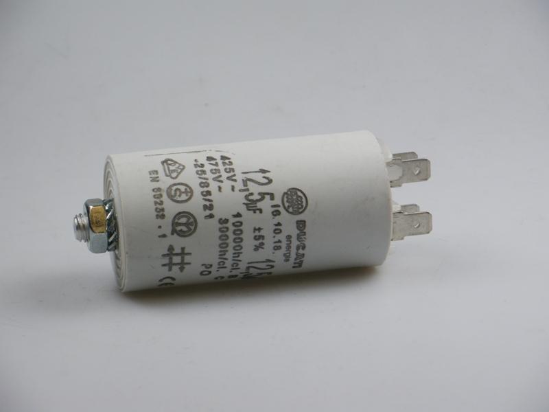 Condensator 12,5uF 400V
